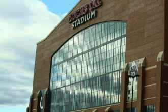 ColtsPackers Stadium1