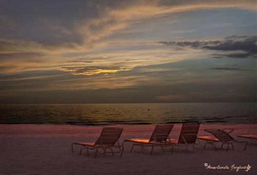 lluminated clouds; illuminated chairs