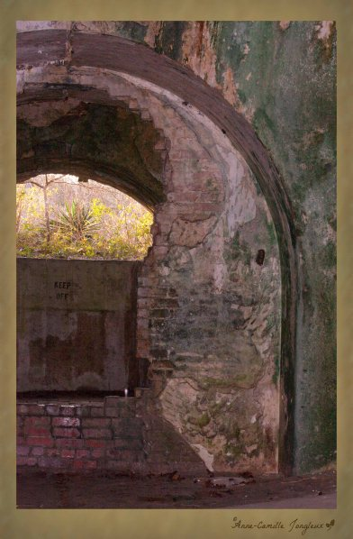 A larger view:  Fort Pickens